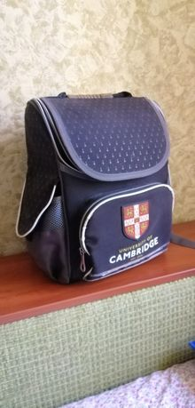 Школьный рюкзак артопедическая спинка.