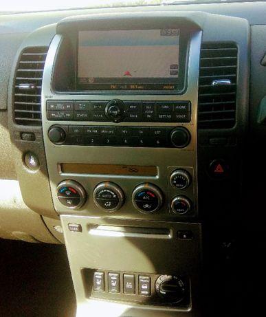Nissan Pathfinger Navara radio navigacja zestaw ori