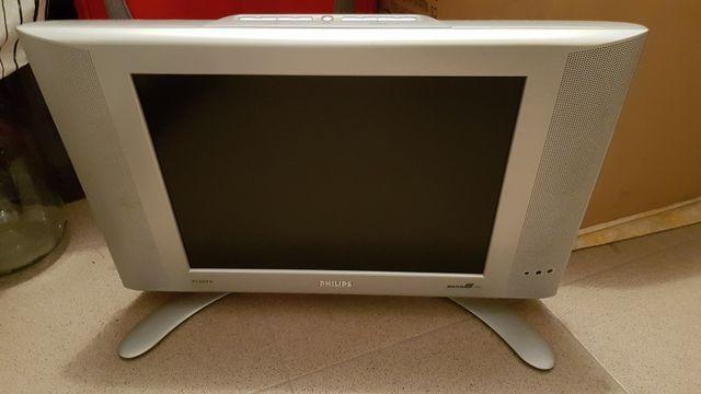 """Telewizor Philips 15"""" z płaskim ekranem"""