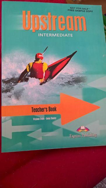 Upstream intermediate , Teacher's book.