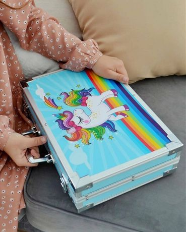 Набор для рисования с красками в металлическом кейсе 147 предметов