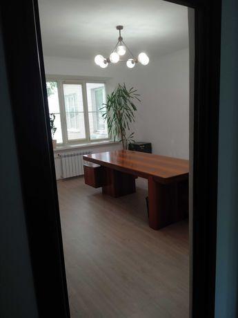 Сдам в аренду квартиру 3 комн. под офис Киев Липки Шелковичная 7а