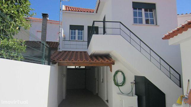 Moradia - 235 m² - T6