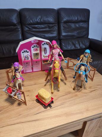 Mattel DMR52 Barbie w krainie kucyków 3 koniki 3 lalki stadnina