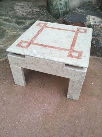 Mesa pedra Mármore 60 por 60 centímetros Antiga