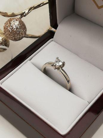 Nowy złoty pierścionek z brylantem serce brylant 0,27ct Na Zaręczyny