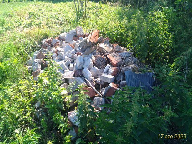 Gruz i kamień polny