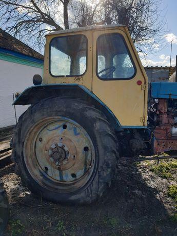 Продам трактор ЮМЗ 6. Мост, коробка, топливная, мотор все в порядке