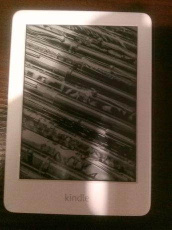 Czytnik e-booków Amazon Kindle 10 4GB