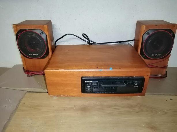 Rádio de cassetes com colunas