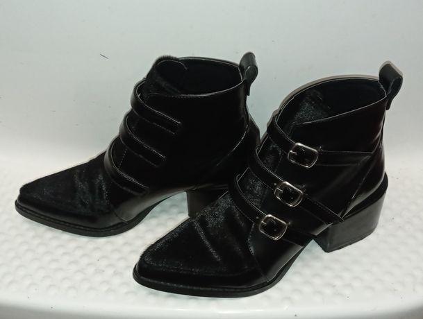 Шикарные фирменные ботинки ботильоны 39р натуральная кожа , мех пони,