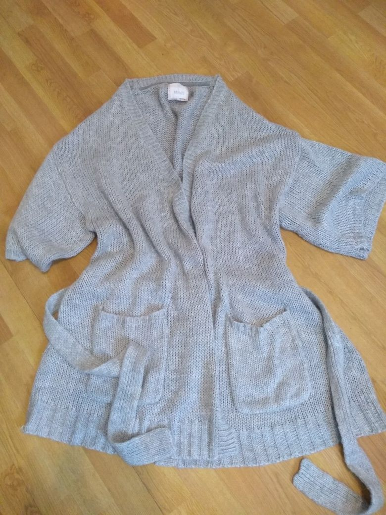 Sweter narzutka XL kieszenie pasek