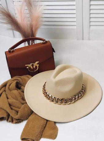 Elegancki kapelusz damski dodatki zloty łańcuch kolory