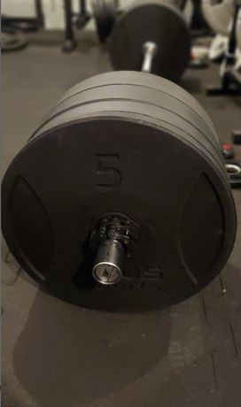 Gryf olimpijski 220cm 20kg Bauer Fitness 450kg + obciążenie APUS 100kg