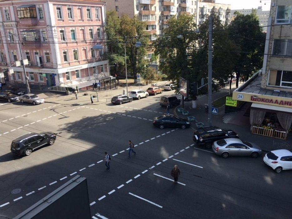КЛАССНЫЙ ХОСТЕЛ. Центр Киева. Метро Площадь Льва Толстого Общежитие-1