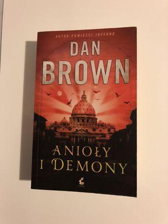 Ksiażka Dan Brown