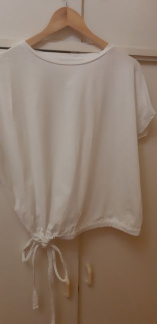 Biała wiązany t-shirt Oversize