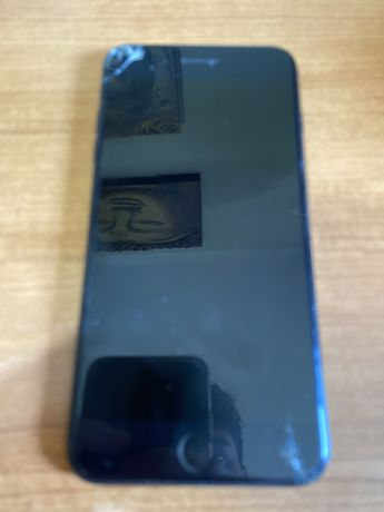 Iphone 7 Plus ediçao Jet Black ( pouco partido)