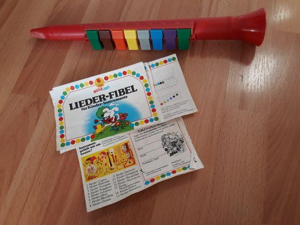 Instrument  muzyczny plastikowy z lat 80