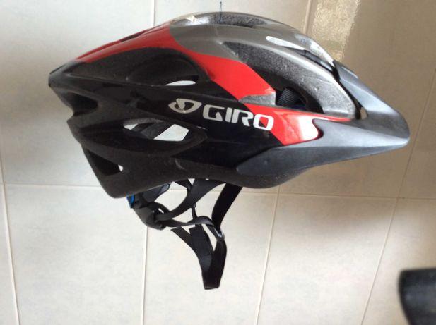 Capacete de ciclismo, Giro (Decathlon)