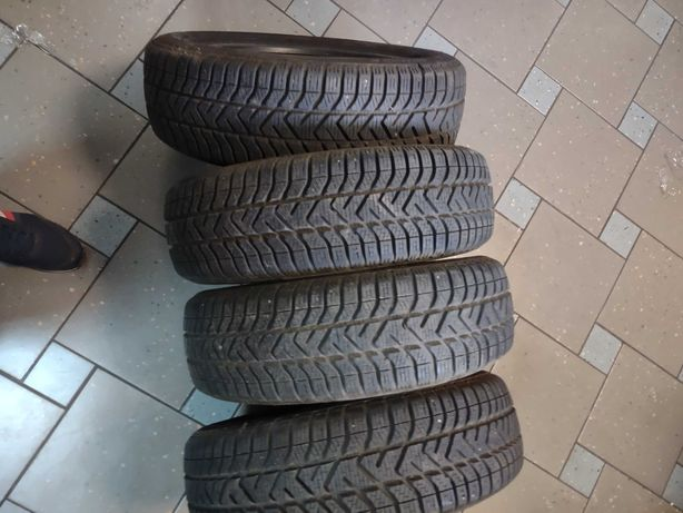 Sprzedam Opony Zimowe 175/60r15 Pirelli