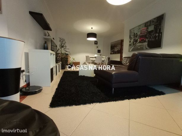 Apartamento T2 - Bom Estado - Zona de Fitares - Rinchoa / Rio de Mouro