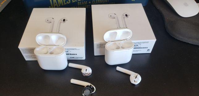 Caixa Airpods original Apple. Sem cabo.
