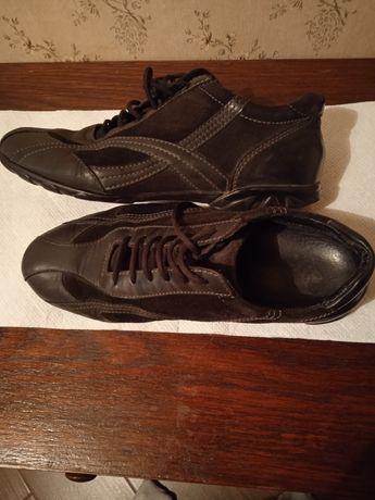 Кроссовки кожано-замшевые черного цвета