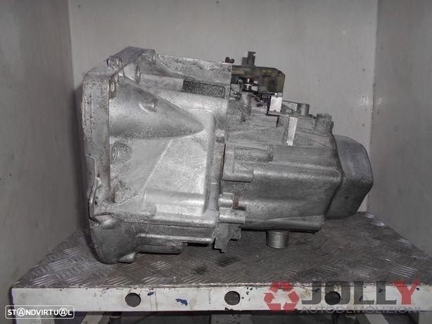 Caixa De Velocidades Peugeot 406 | 607 | Citroen C5 2.2 HDI ReF: 20LE96