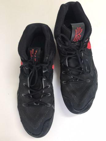 Sapatilhas basquetebol Nike tamanho 49.5