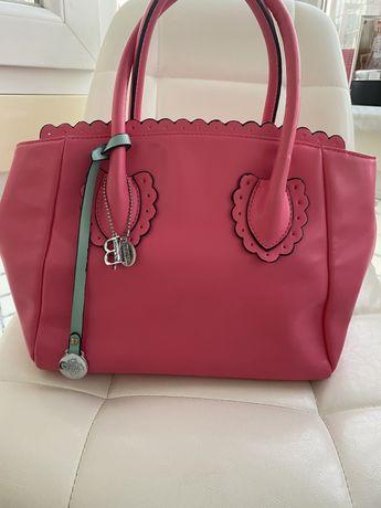 Продам розовую сумку из эко-кожи