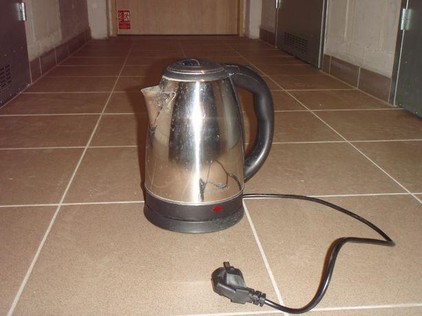 Turystyczny, bezprzewodowy Elektryczny czajnik TITANUM
