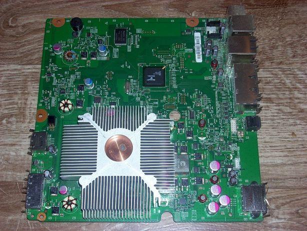 Płyta główna z radiatorem do konsoli XBox 360 Slim. Sprawna