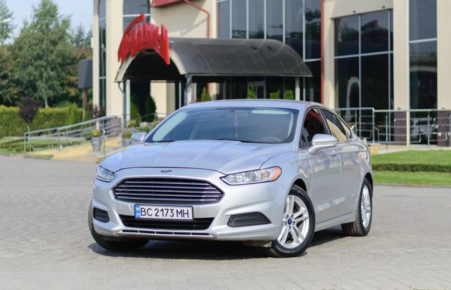 Авто Ford Fusion 2014