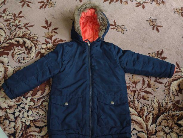 Kurtka zimowa w rozmiarze 104