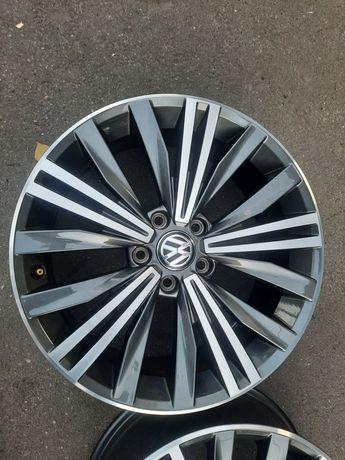 Диски  R18 фольцваген VW volksvagen