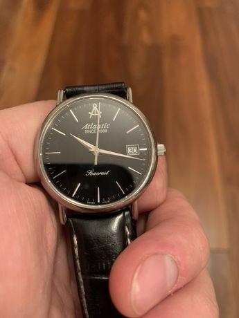 Atlantic часы