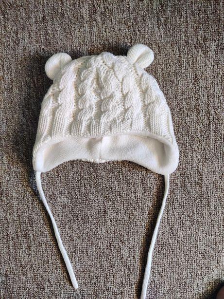 Шапка зимняя для новорожденных