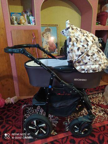Коляска дитяча 3 в 1 (люлька, сидяча, автокрісло)