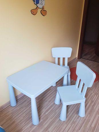 Stolik dziecięcy + 2 krzesełka