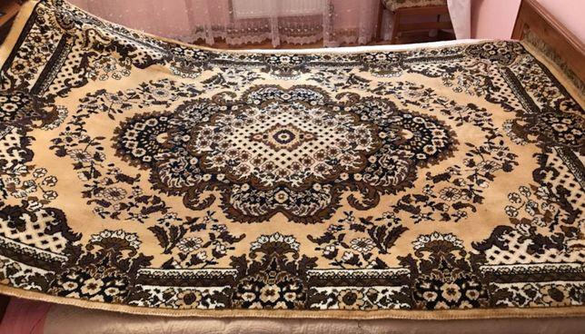 Ковер, килим, палац