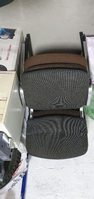 стілець для офісу або будинку