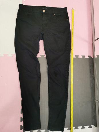 Czarne spodnie, rozmiar 38(M)