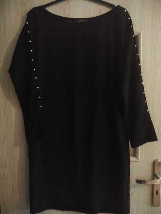 Sukienka czarna damska Kościan - image 1