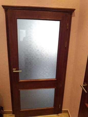 Двери межкомнатные деревянные из дубового масива