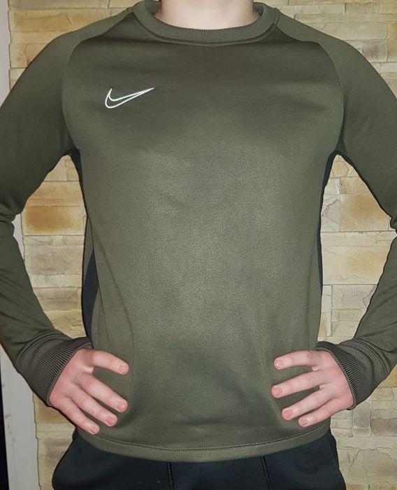 Bluza Nike Dri-Fit  158-170 ,13-15 lat Polecam w stanie idealnym. Piła - image 1