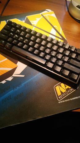 Продам механическую клавиатуру.