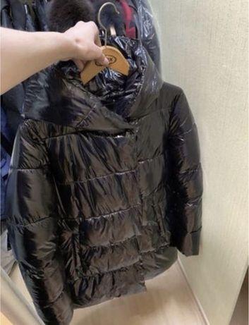 Куртка лаковая