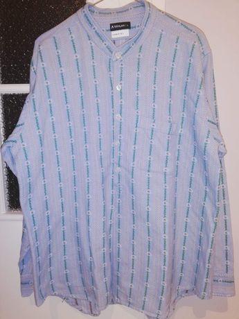 Koszula w kwiecisty haft