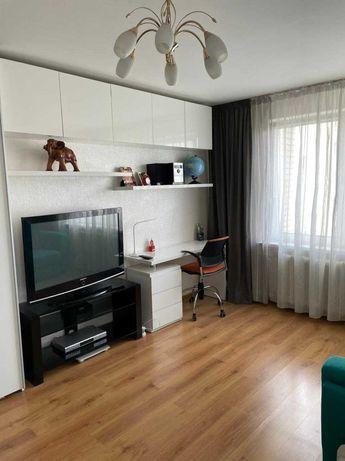2 комнатная видовая квартира по ул.А. Ахматовой 24. Позняки, Осокорки.